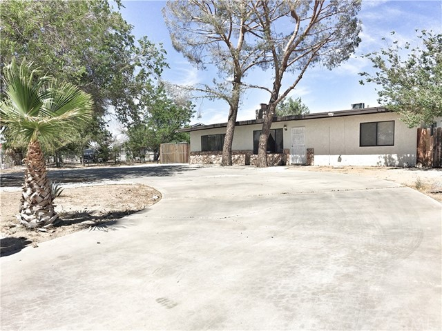 13265 Kiowa Road Apple Valley, CA 92308 - MLS #: CV18131103