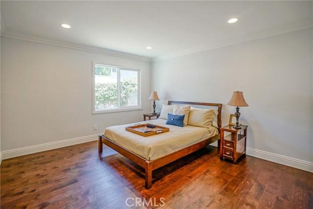 10305 Starca Avenue, Whittier CA: http://media.crmls.org/medias/5e26494a-c40d-4600-89a0-a6c57d5b4810.jpg