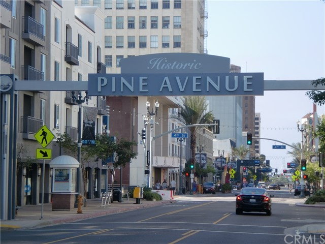 730 W 4th Street, Long Beach CA: http://media.crmls.org/medias/5e2b2037-632e-49bd-b03d-507ed697821c.jpg