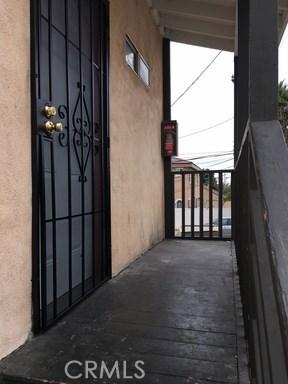 405 E Esther St, Long Beach, CA 90813 Photo 2