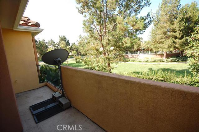 910 Reggio Aisle, Irvine, CA 92606 Photo 9