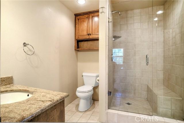 18 Ranchview Road, Rolling Hills Estates CA: http://media.crmls.org/medias/5e3cdc59-788d-494e-a8a4-d5c939e87428.jpg