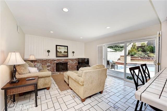 24961 Hon Avenue, Laguna Hills CA: http://media.crmls.org/medias/5e3e2882-a7ee-4102-928c-d40e637d8063.jpg