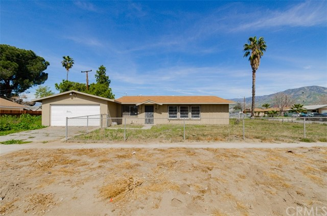 Single Family Home for Sale at 26840 6th Street Highland, California 92346 United States