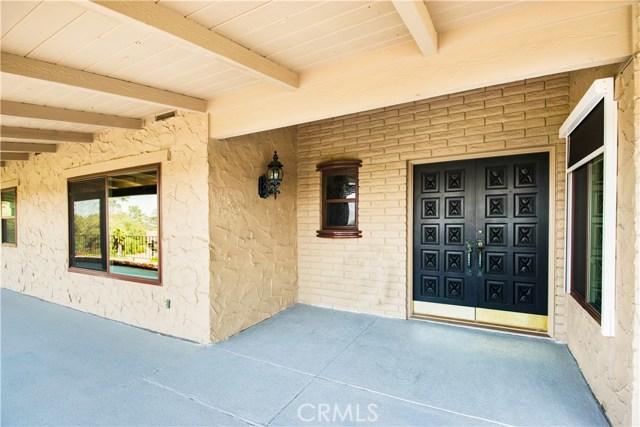 18352 Cerro Villa Drive, Villa Park CA: http://media.crmls.org/medias/5e4382b6-a8c1-4192-a704-b9851e0ba3f9.jpg