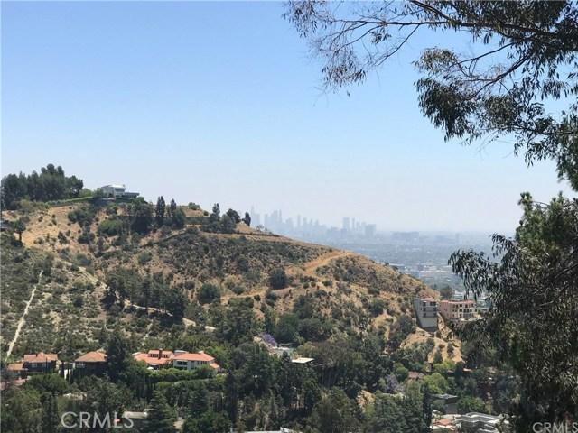 8464 W Elusive Dr, Los Angeles CA: http://media.crmls.org/medias/5e448d58-ce0f-4628-885d-6e981ea5923d.jpg