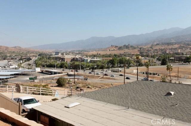 19912 Carmelita Avenue Corona, CA 92881 - MLS #: IV17185464