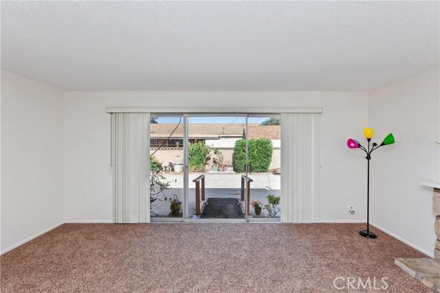 4261 W Flower Avenue, Fullerton CA: http://media.crmls.org/medias/5e4d4545-02fe-4fc2-8ced-9bc121ed838f.jpg