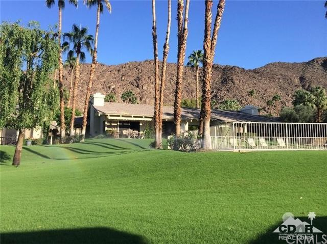 46634 Mountain Cove Drive Drive, Indian Wells CA: http://media.crmls.org/medias/5e53e17f-46eb-4d94-90a9-e2c71ff16e56.jpg