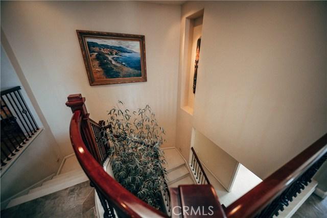 3 Nuvola Court, Rancho Palos Verdes CA: http://media.crmls.org/medias/5e57da7a-ff19-41b1-8b00-7b2d0768abef.jpg