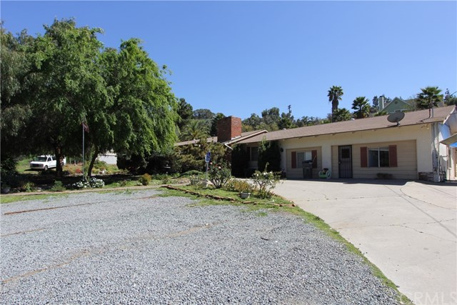 1863 Dehesa Road El Cajon, CA 92019 - MLS #: SW18039965