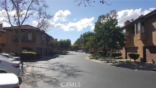 1446 Kauai Street, West Covina CA: http://media.crmls.org/medias/5e9ca0b4-12b9-4aff-a755-d512737fc162.jpg