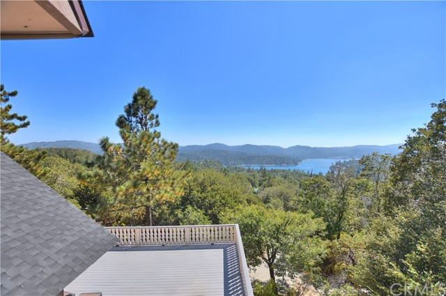 1289 Yellowstone Drive Lake Arrowhead, CA 92352 - MLS #: EV17197949