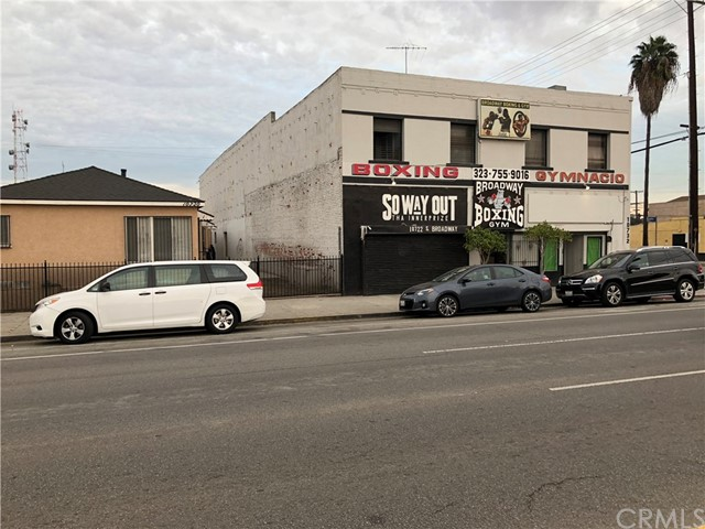 Commercial for Sale at 10722 S Broadway 10722 S Broadway Los Angeles, California 90061 United States