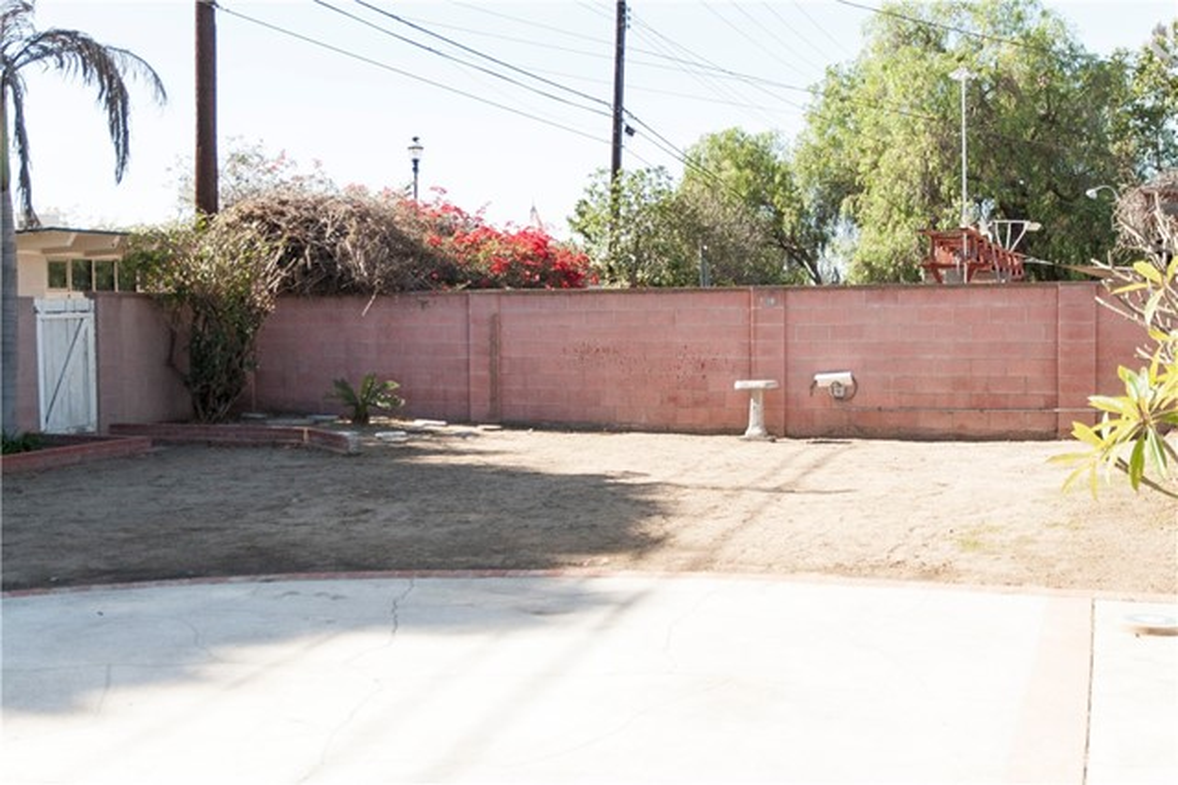 2358 W Valdina Av, Anaheim, CA 92801 Photo 20