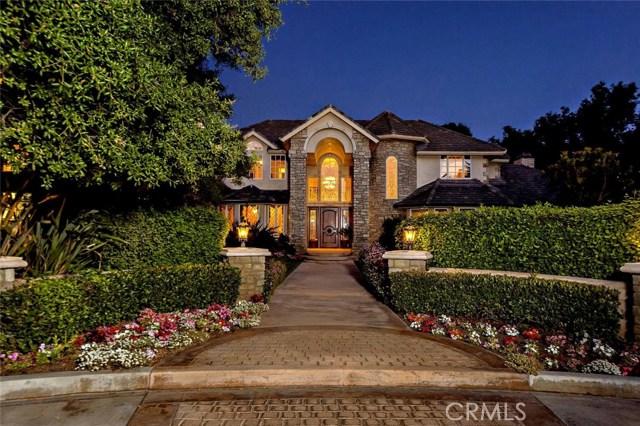 45200 Oak Manor