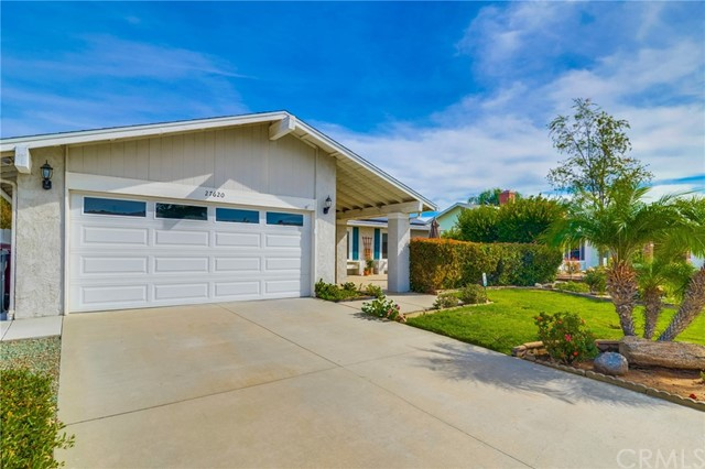 Photo of 27620 Charlestown Drive, Menifee, CA 92586