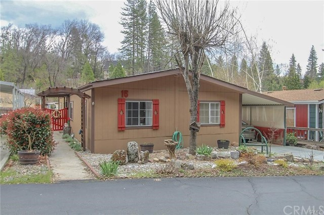 Detail Gallery Image 1 of 1 For 39737 Road 274 #15, Bass Lake, CA 93604 - 3 Beds   2 Baths