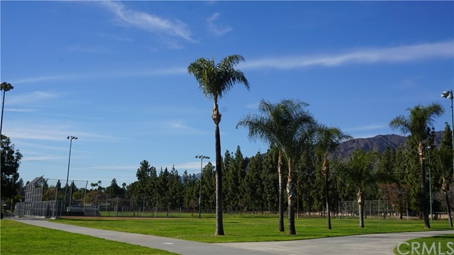 315 Cherry Hills, Azusa CA: http://media.crmls.org/medias/5ecafa82-1720-4e84-9421-4b3c41f50dbf.jpg