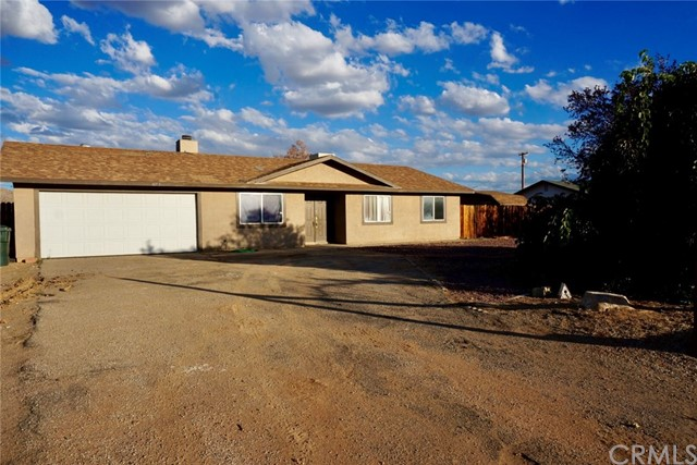 16715 Pawnee Rd, Apple Valley, CA 92307 Photo