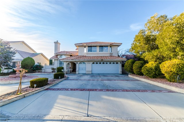 Single Family Home for Sale at 26342 Edgewater Lane Helendale, California 92342 United States