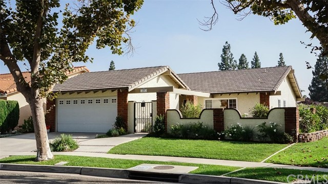 12383 Creekwood Avenue, Cerritos, California 90703, 3 Bedrooms Bedrooms, ,2 BathroomsBathrooms,Residential,For Sale,Creekwood,SB19194097
