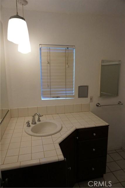 422 N 8th Avenue, Upland CA: http://media.crmls.org/medias/5ef04444-4fa9-492d-bdbb-c8b3a435a2ee.jpg