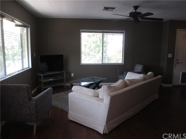 1630 S Barranca Avenue Unit 140 Glendora, CA 91740 - MLS #: WS18187475