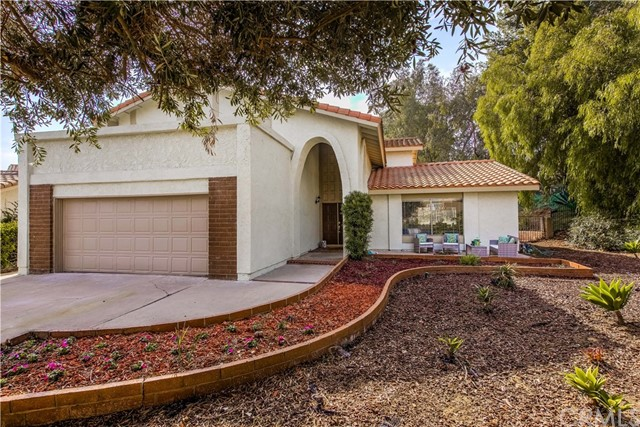 Detail Gallery Image 1 of 1 For 6570 E Fordham, Anaheim Hills, CA 92807 - 6 Beds | 2 Baths