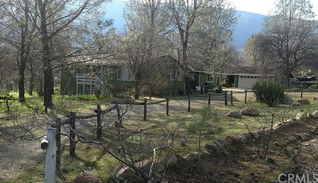 Single Family Home for Sale at 3008 Mccray Road Lake Isabella, California 93240 United States