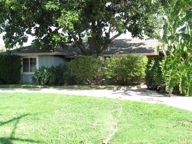 18176 Hawthorne Avenue Bloomington, CA 92316 is listed for sale as MLS Listing IV17208025