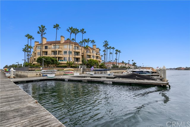 Photo of 16291 Countess Drive #308, Huntington Beach, CA 92649