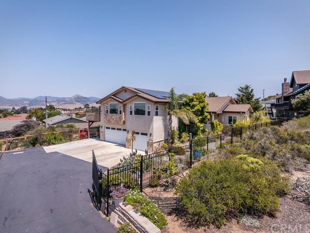 Property for sale at 2464 Bayview Heights Drive, Los Osos,  California 93402