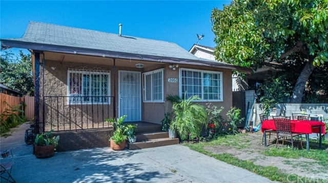 2051 76th Place Los Angeles CA 90001