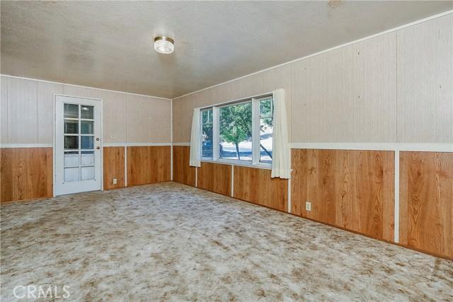 435 Park Way, Lakeport CA: http://media.crmls.org/medias/5f1d5b86-9270-4900-89d2-db2128871100.jpg