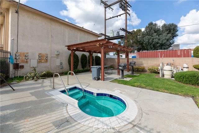 15927 Santa Ana Avenue, Bellflower CA: http://media.crmls.org/medias/5f1f369d-e4cc-4250-9041-2315962115a2.jpg