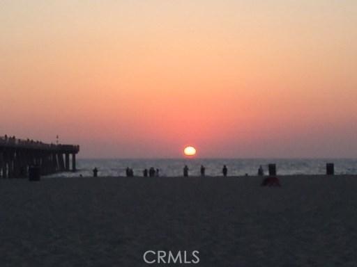 1836 The Strand E, Hermosa Beach, CA 90254