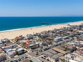 47 6th (aka 42 7th Court) St, Hermosa Beach, CA 90254
