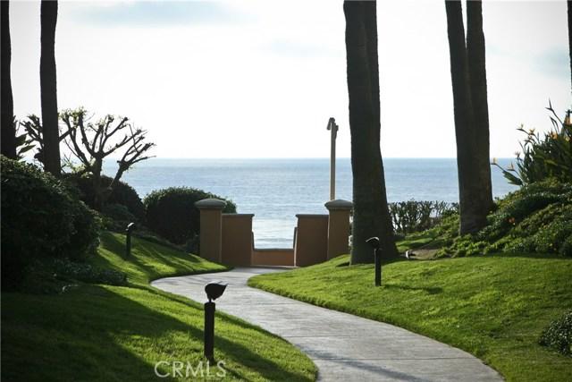89 Ritz Cove Drive, Dana Point CA: http://media.crmls.org/medias/5f33a336-7c57-43b8-badf-fb638fdd5600.jpg
