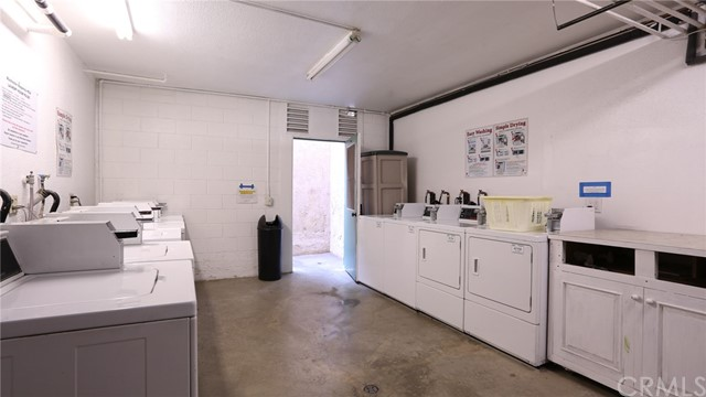 12030 Rochester Avenue Unit 206 Los Angeles, CA 90025 - MLS #: BB18209931