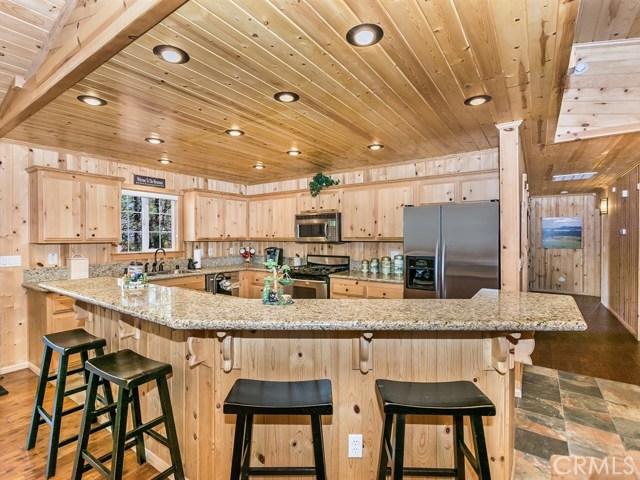 575 Saint Moritz Drive Big Bear, CA 92315 - MLS #: EV17240888