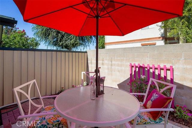 1034 Royal Oaks Drive, Monrovia CA: http://media.crmls.org/medias/5f78c15a-4669-4e94-913d-da2d09904aaf.jpg