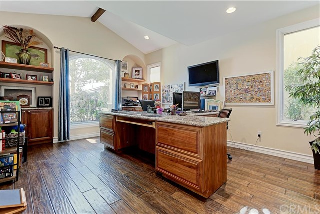 Additional photo for property listing at 1617 Ruhland Avenue  Manhattan Beach, Kaliforniya,90266 Amerika Birleşik Devletleri