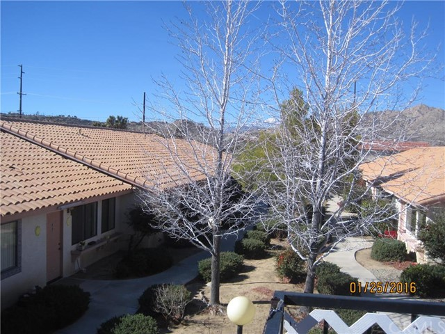7595 Kickapoo Yucca Valley, CA 92284 is listed for sale as MLS Listing PW16078816