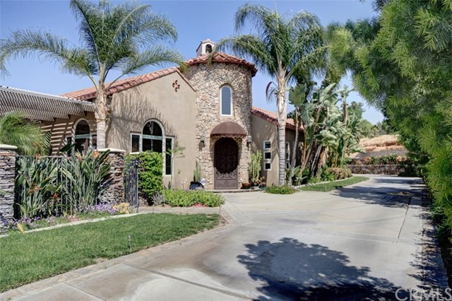 Single Family Home for Sale at 5300 Lochmoor Drive Riverside, California 92507 United States