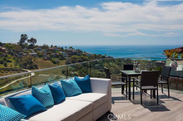 Single Family Home for Sale at 1087 Flamingo St Laguna Beach, California 92651 United States