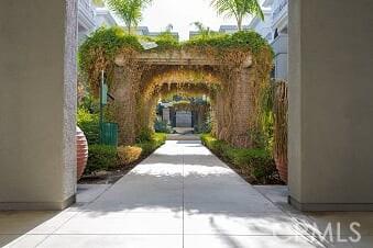 1801 E Katella Avenue, Anaheim CA: http://media.crmls.org/medias/5fb75a52-4706-44fc-bc7e-726e18ac73ba.jpg