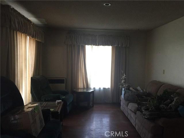 916 S Dora Street, Ukiah CA: http://media.crmls.org/medias/5fb76c92-8b89-41c2-961e-c5f79d6b74e1.jpg