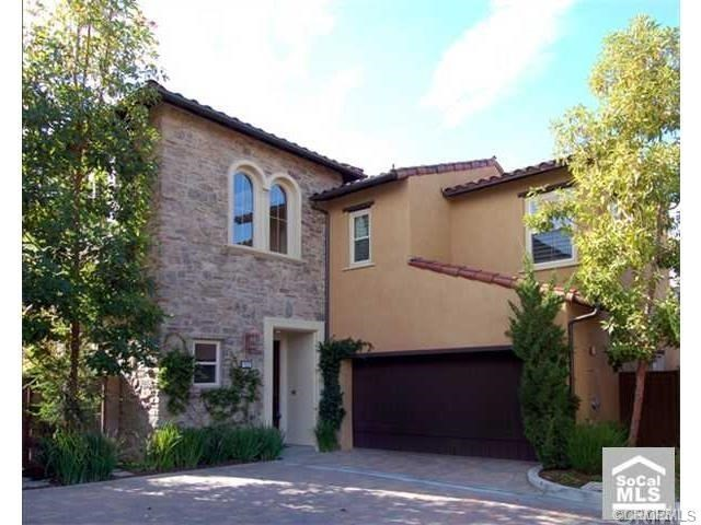 32 Shade Tree , CA 92603 is listed for sale as MLS Listing OC18169902