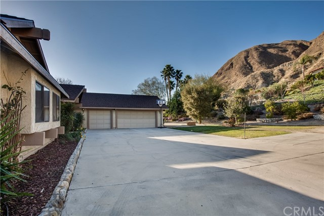 42090 Granite View Drive, San Jacinto CA: http://media.crmls.org/medias/5fbb8957-bd80-4e53-9146-582dfb3b5244.jpg